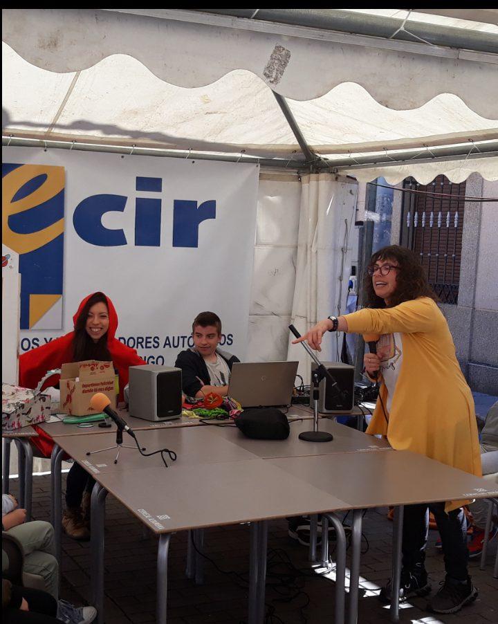 Taller de radio en la Feria del Libro 2019